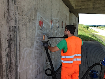 Graffitireinigung Beton